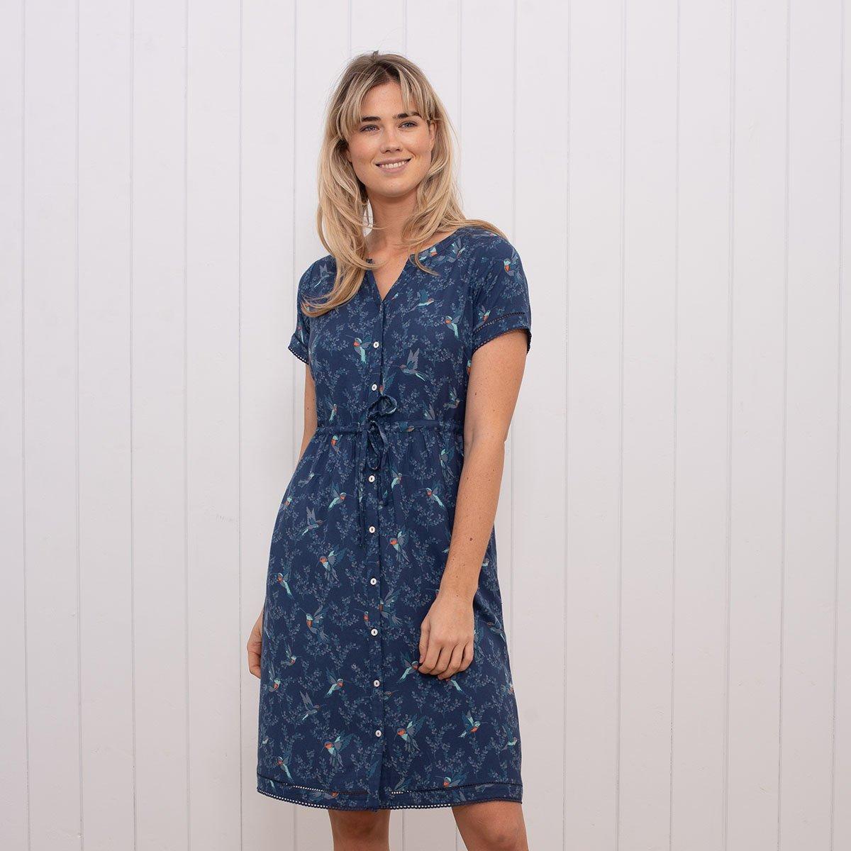 8e4ee0e9e0ce Brakeburn Modré šaty s potlačou kolibríkov - JoyStore.sk